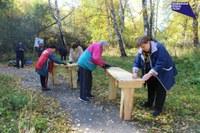 Серебряные волонтеры Муниципального Учреждения «Уйский комплексный центр социального обслуживания населения» участвовали в акции «Живи родник».